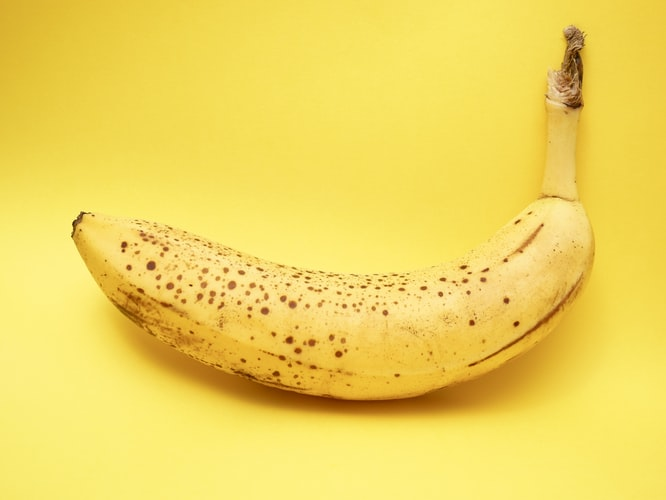 banana  - food and drinks to make having a uterus easier