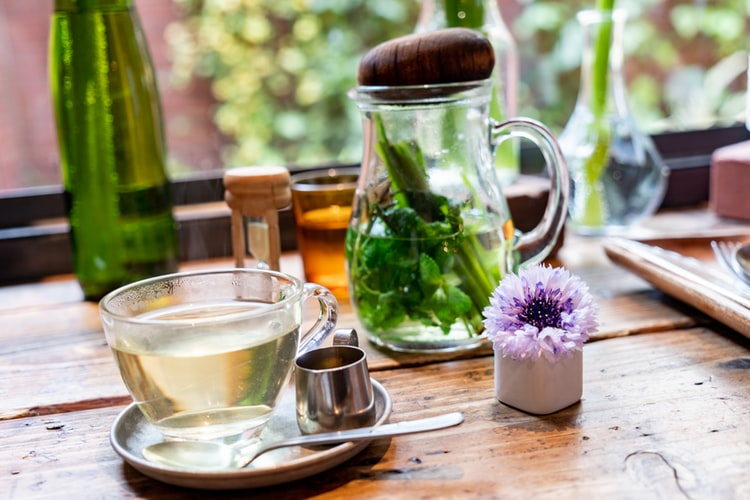 peppermint tea - 10 essential herbal teas